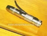 """<div class=""""at-above-post-arch-page addthis_tool"""" data-url=""""http://denpinsieusang.info/den-soi-da-mini/""""></div>Đèn pin siêu sáng nhỏ gọn ánh sáng vàng, dùng để kiểm tra đá quý, cẩm thạch, kim cương, các chi tiết nhỏ… Thông số kĩ thuật: – Led CREE Q5 vàng 3800k – Độ sáng 220 lumen – Kích thướt: 120mm x 20mm x 20mm – Trọng lượng: 65g – Vỏ hợp kim nhôm siêu bền, ko rỉ sét, thiết kế kín với các roan cao su, chống nước, đi mưa thoải mái.! – […]<!-- AddThis Advanced Settings above via filter on get_the_excerpt --><!-- AddThis Advanced Settings below via filter on get_the_excerpt --><!-- AddThis Advanced Settings generic via filter on get_the_excerpt --><!-- AddThis Share Buttons above via filter on get_the_excerpt --><!-- AddThis Share Buttons below via filter on get_the_excerpt --><div class=""""at-below-post-arch-page addthis_tool"""" data-url=""""http://denpinsieusang.info/den-soi-da-mini/""""></div><!-- AddThis Share Buttons generic via filter on get_the_excerpt -->"""