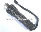 Đèn pin siêu sáng Ultrafire độ sáng cực cao 1000lm, pin 26650 cho thời gian sử dụng cực lâu, thiết kế nhỏ gọn. Thông số kĩ thuật: - Led: CREE XM-L U2 - Độ sáng thực: 1000 lumen - Chiếu xa: 150m - Kích thướt: 157mm x 45mm x 35mm - Trọng lượng: 165g - 5 chế độ sáng: Hight / Mid / Low / Strobe / SOS - Thân đèn: hợp kim nhôm -...