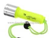 Đèn pin lặn Yupard T6 độ sáng cao 800lm, thiết kế nhỏ gọn nhẹ, rất tiện cho các thợ lặn và du lịch thám hiểm Thông số kĩ thuật: - Led CREE XM-L T6 - Độ sáng 800lumen - Màu ánh sáng: trắng / vàng - Kích thướt: 120mm x 37mm x 27mm - Trọng lượng: 117g - Lặn sâu trên 100m - Vỏ nhựa dày, chống nước, ko rỉ sét. - Nhỏ gọn cầm...