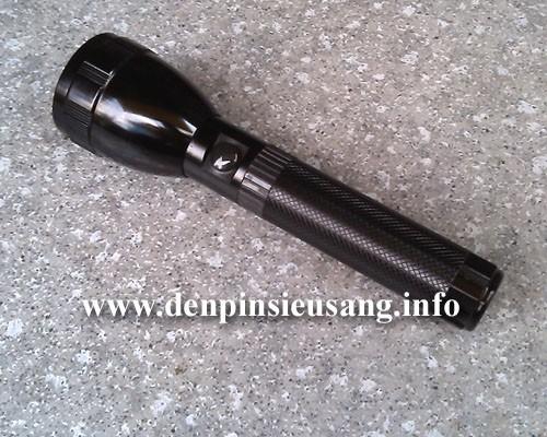 Đèn pin Wasing WFL-H8 cũng tính năng và độ sáng như các đàn anh H5,H6,H7 nhưng thiết kế rất ấn tượng. Thông số kĩ thuật: - Led CREE XML-U2, cho độ sáng cực cao - Độ sáng 800 lumen - Chiếu xa: 280m - Kích thướt: 180mm x 50mm x 29mm - Trọng lượng: 200g - 3 chế độ sáng: Hight / Mid / Strobe. - Vỏ hợp kim nhôm siêu bền, dày 3mm, ko...