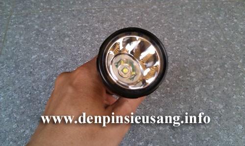 Đèn pin siêu sáng Wasing WFL-H8