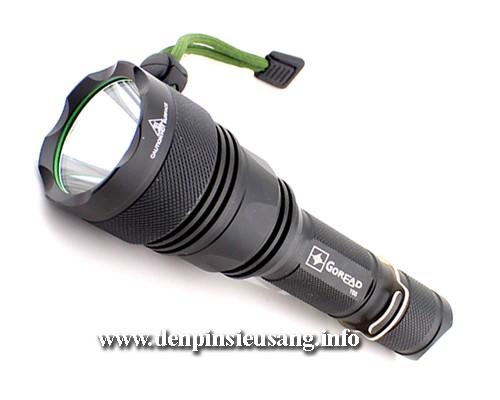 Đèn pin siêu sáng Goread Y68 thiết kế mẫu mã siêu đẹp, thân đèn siêu dày và cứng cáp, chống va đập tốt Thông số kĩ thuật: - Thương hiệu: Goread - Mã sản phẩm: Y68 - Led CREE XM-L U2 - Độ sáng 900 lumen - Chiếu xa 280m - Kích thướt: 152mm x 44mm x 28mm - Trọng lượng: 170g - 5 chế độ sáng: Hight / Mid / Low / Strobe/ SOS....