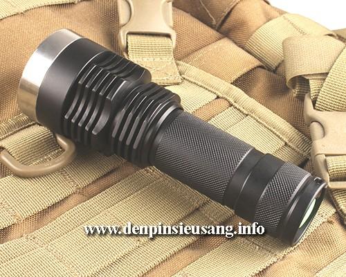 Đèn pin chiếu xa I5 với thiết kế độc đáo, chiếu xa 300m, thân đèn bằng hợp kim nhôm siêu dày chống nước tốt, độ sáng siêu khủng 1200lm và hộc pin 26650 tiện lợi. Thông số kĩ thuật: – Mã sản phẩm: I5 – Led: CREE XM-L2 T6 – Độ sáng: 1200 lumen – Chiếu xa: 300m – Kích thướt: 127mm x 45mm x 35mm – Trọng lượng: 155g – 3 chế độ sáng: […]