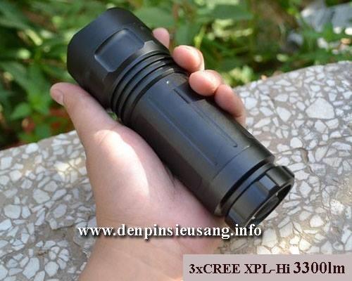 Một phiên bản cách tân của C8 – độc và lạ, đèn pin 3XPL – HI với độ sáng đỉnh 3300lm , chiếu xa lên tới 500m , đèn sử dụng 3 pin 18650 cho thời lượng sử dụng nhiều hơn so với những loại đèn khác Thông số kỹ thuật : – Sử dụng 3 CREE Led XPL-Hi V3 (1095lm/led) – Độ sáng thực 3300lm – Chiếu xa 300-500m – Nhiệt màu 5000k cho […]<!-- AddThis Sharing Buttons below -->