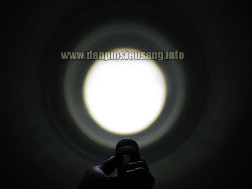 Đèn pin siêu sáng CK91